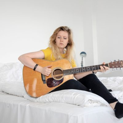Rikke Thomsen, Musiker (fotograf: Thinna Aniella)